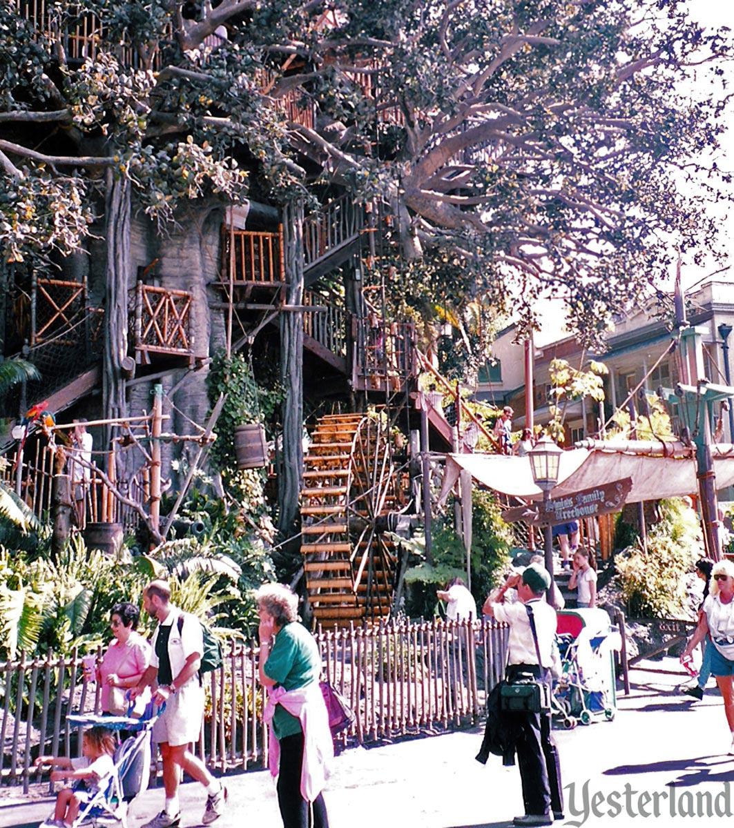 Yesterland: Swiss Family Treehouse