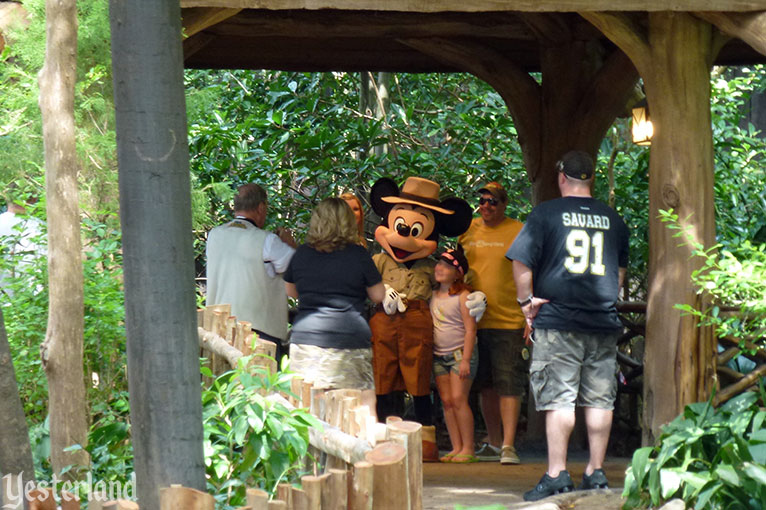 Camp Minnie-Mickey at Disney' Animal Kingdom