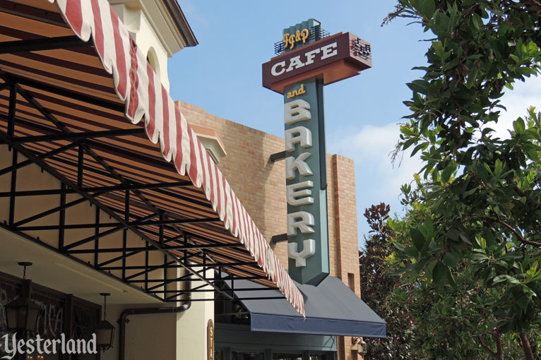 Fiddler, Fifer & Practical Café at Disney's California Adventure