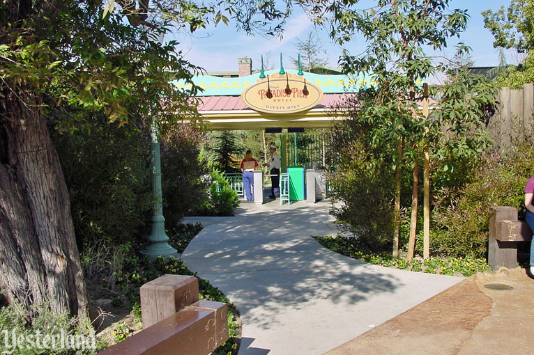 Paradise Pier Hotel Private Entrance at Disney California Adventure