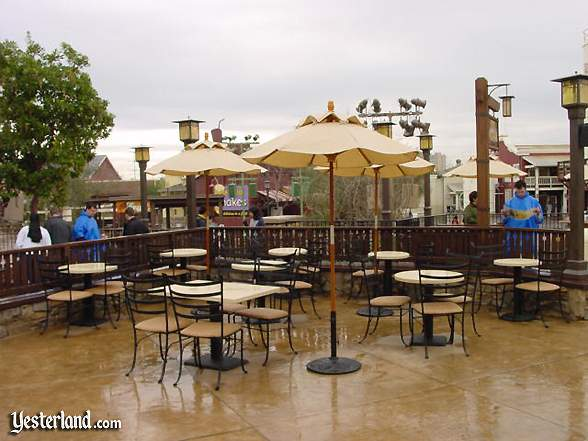 Wine Country Market outdoor patio