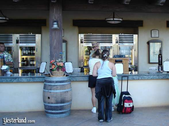 Golden Vine Winery Wine Bar in 2004