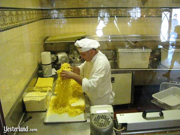 Photo of preparation of fresh fettuccine