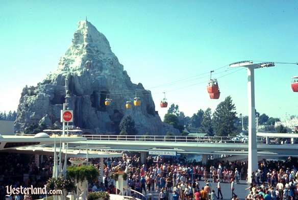 Matterhorn with Skyway, 1959