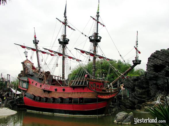 Checken of the Sea Pirate Ship and Restaurant at Yesterland