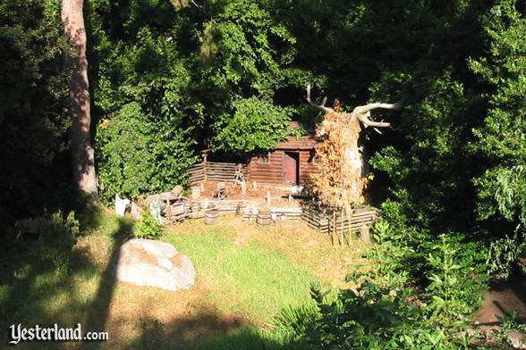 Photo of No-Longer-Burning Settler's Cabin in Disneyland (2004)
