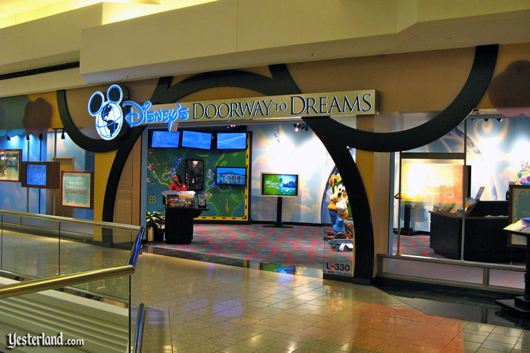 Disney's Doorway to Dreams at Woodfield Mall, Schaumburg, Illinois