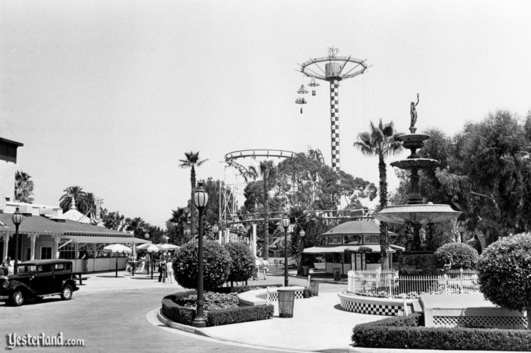 Charleston Square, Knott's Berry Farm