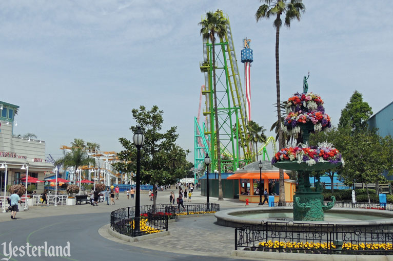CBoardwalk Circle, Knott's Berry Farm