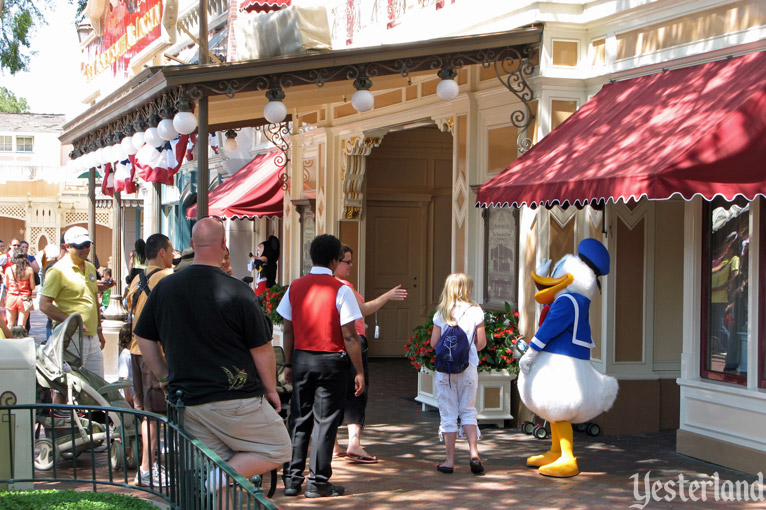 Donald Duck, Disneyland