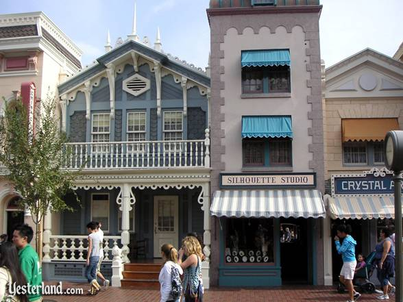 Former corseteria at Disneyland in 2007