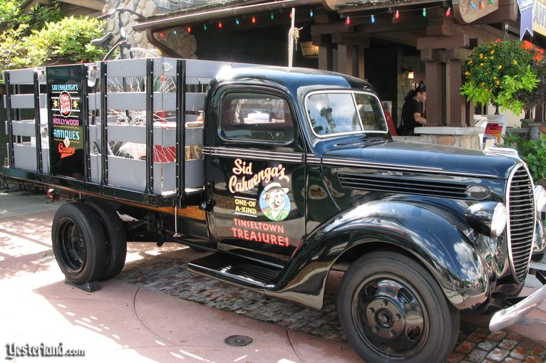 Sid Cahuenga's One-of-a-Kind Antiques and Curios shop at Disney's Hollywood Studios
