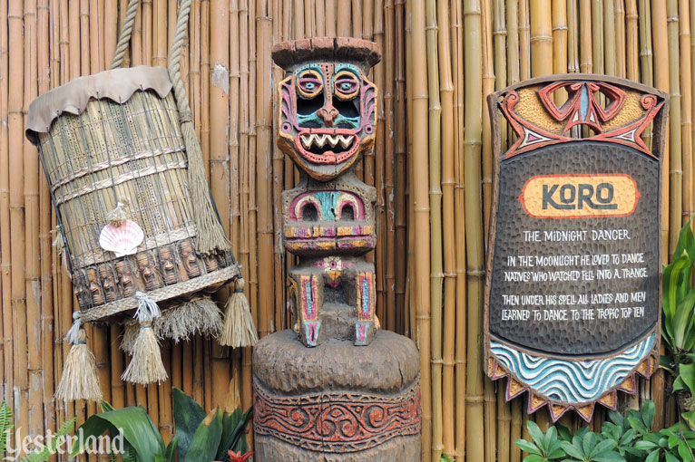 pre-show tiki at Walt Disney&rsqo;s Enchanted Tiki Room
