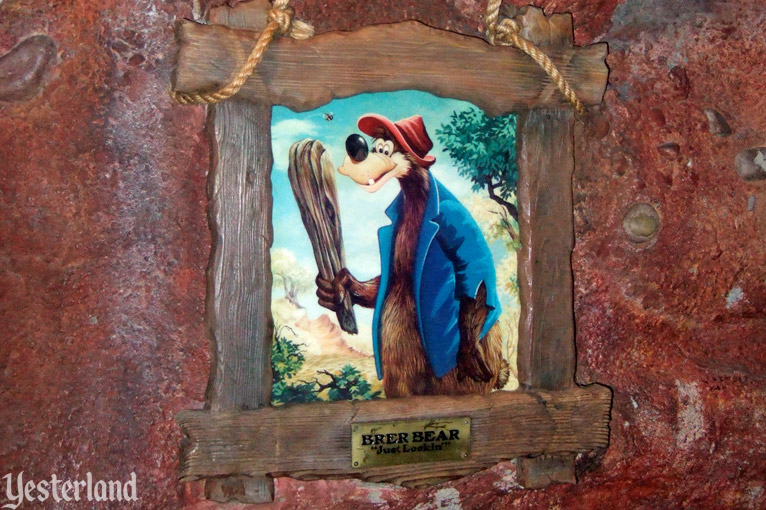 Picture of Br'er Bear at Splash Mountain, Magic Kingdom Park