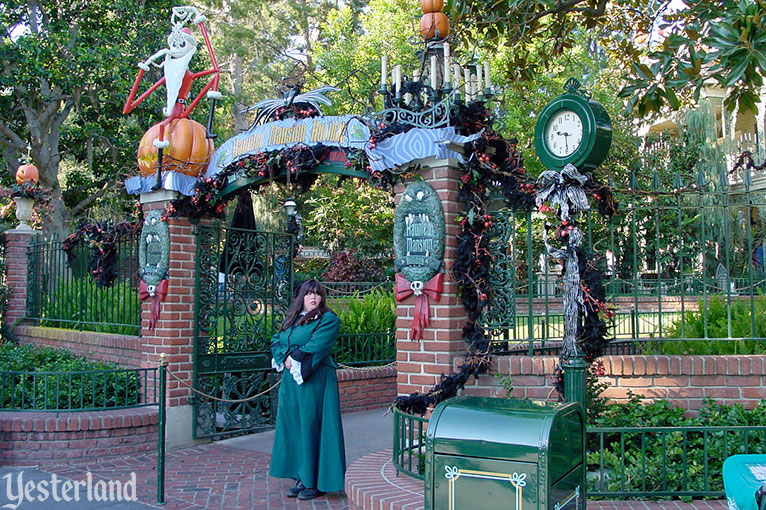 Yesterland Haunted Mansion Holiday