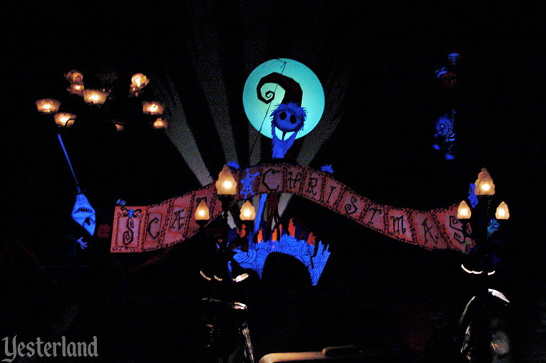 Haunted Mansion Holiday, Disneyland