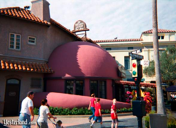 The Brown Derby at Universal Studios Orlando