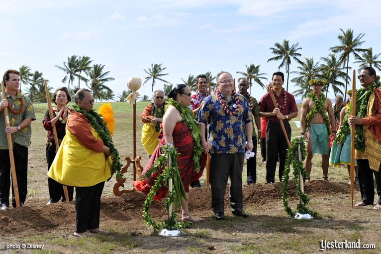 Photo of ground blessing at Disney Ko Olina ground breaking: © Disney