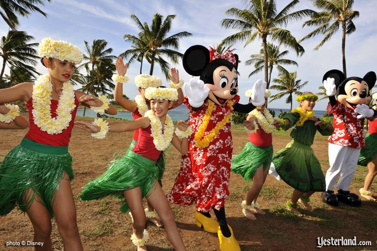 Photo of hula with characters at Disney Ko Olina ground breaking: © Disney