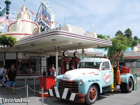 [Walt Disney World Resort] Tout savoir pour préparer son voyage - Page 5 Gasstations_oscars