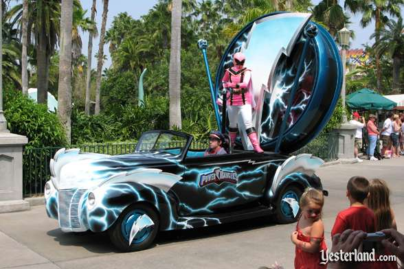 Power Rangers car in Disney Stars and Motor Cars parade