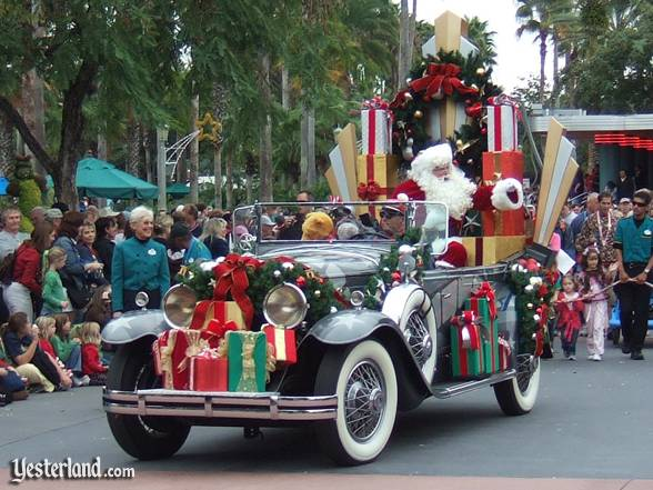 Hollywood Holly-Day Parade at Disney-MGM Studios