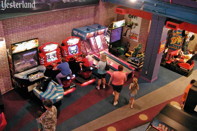 pizza planet arcade hollywood studios