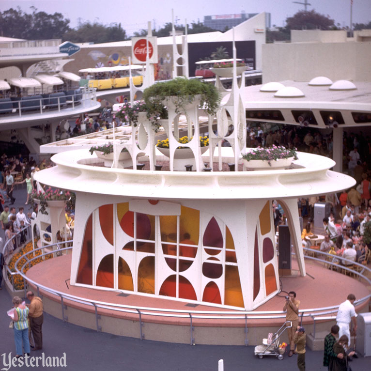 Coca Cola Tomorrowland Terrace At Yesterland