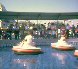 Photo of the Flying Saucers attraction
