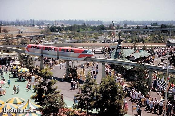 Photo of Disneyland Alweg Monorail Red (Mark I) and Matterhorn queue