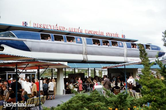 Photo of the Monorail Blue passing the Matterhorn