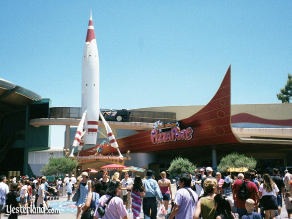 Photo of new Moonliner and Redd Rockett's Pizza Port.