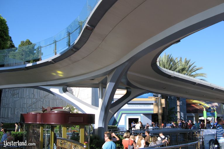 Yesterland Peoplemover