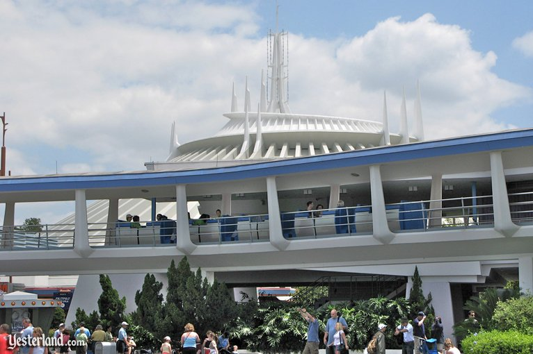 PeopleMover (Tomorrowland Transt Authority) at Walt Disney World