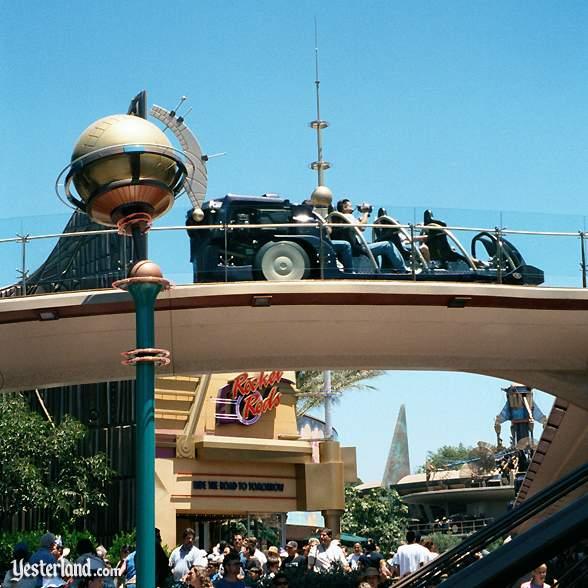 Photo of Rocket Rods ride and entrance