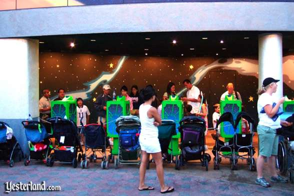 Photo of FASTPASS distribution for Buzz Lightyear Astro Blasters